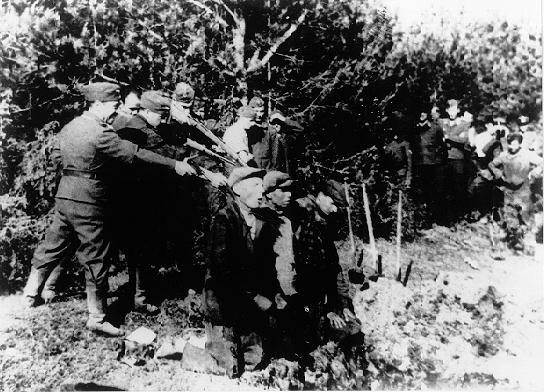 Pembantaian Nazi Terbesar diDunia,ini fotonya