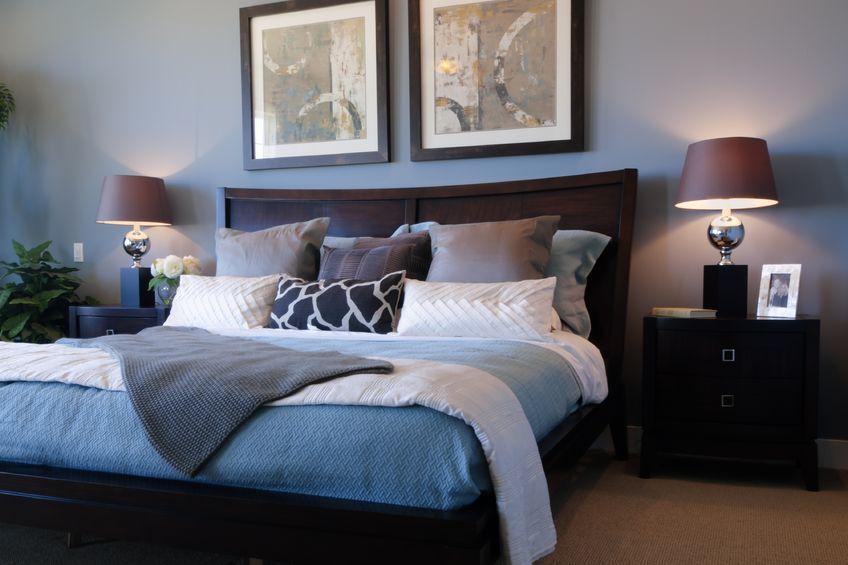 Dekor kamar tidur yang romantis untuk pasangan muda for Dekor kamar hotel