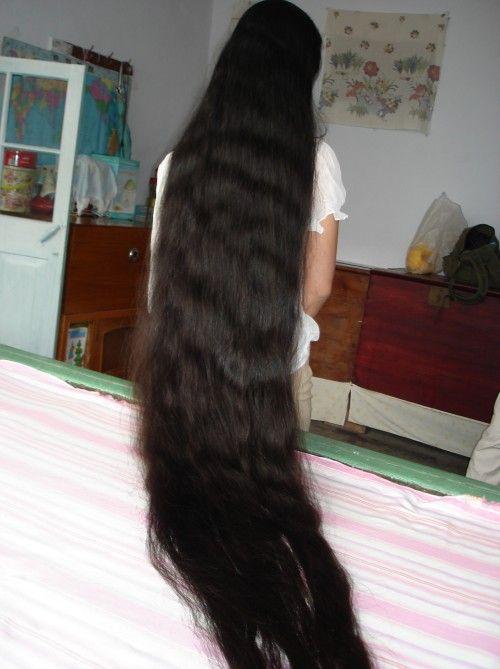 cewek berambut panjang 2009122420404472070