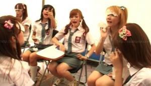 CherryBelle_jadi_anak_smu__rok_mini__sexy_banget.j pg