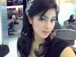 sandra_dewi_cantik__rambut_mempesona__di_salon.jpg