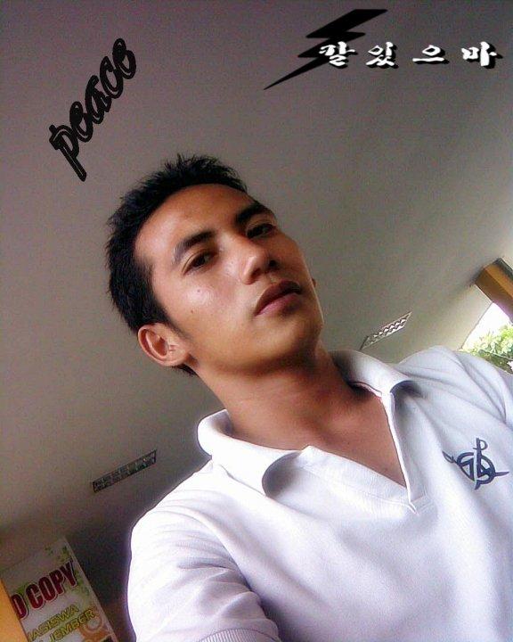 ... laki cowok cakep previous current next laki laki cowok cakep keren
