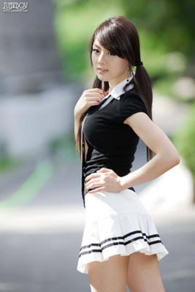 http://indonesiaindonesia.com/imagehosting/images/150498/1_anak_sma_korea_cantik_banget_-_hwang_mi_hee_2.jpg