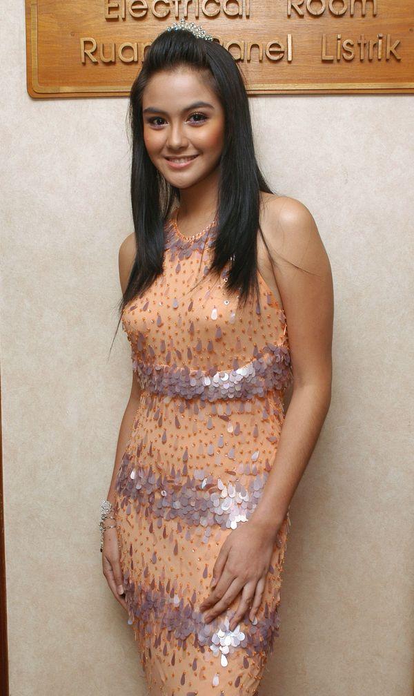 Revalina S. Temat - Images Actress